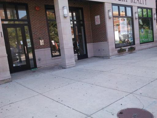 Photo 1: Photos: 2041 Division Street in Chicago: CHI - West Town Retail / Stores for sale or rent ()  : MLS®# 10638503