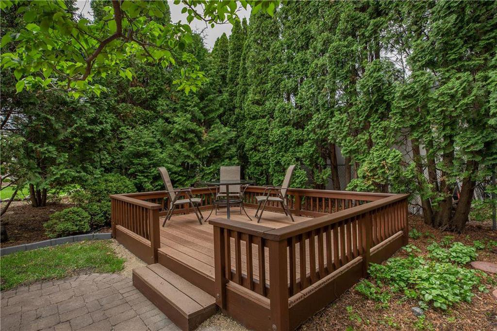 Photo 31: Photos: 85 Holt Drive in Winnipeg: Residential for sale (5G)  : MLS®# 202013221