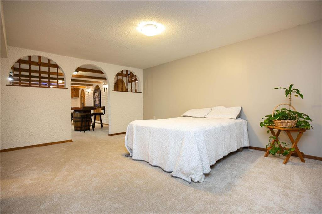 Photo 22: Photos: 85 Holt Drive in Winnipeg: Residential for sale (5G)  : MLS®# 202013221