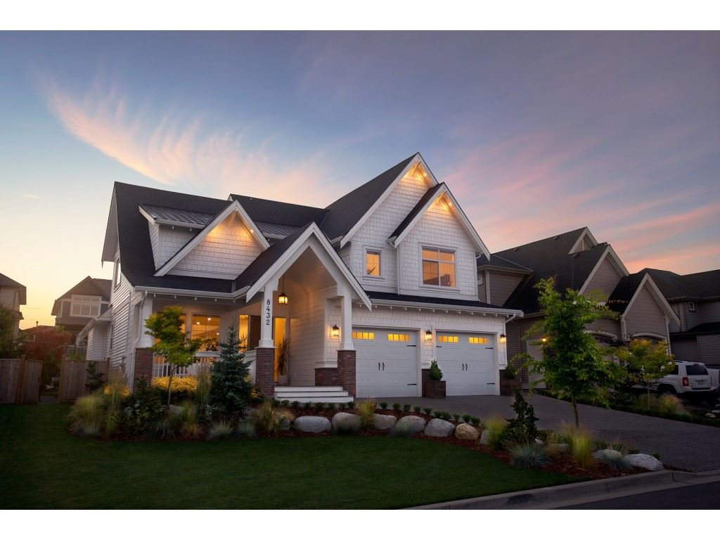 """Main Photo: 8432 MCTAGGART Street in Mission: Hatzic House for sale in """"FERNCLIFF ESTATES"""" : MLS®# R2471253"""
