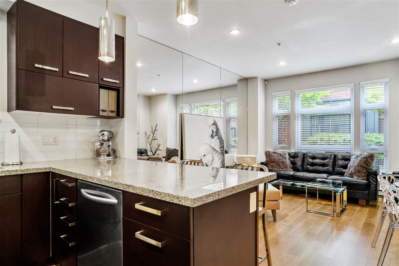 """Main Photo: 2759 GUELPH Street in Vancouver: Mount Pleasant VE Townhouse for sale in """"The Block"""" (Vancouver East)  : MLS®# R2473258"""