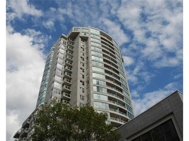 "Main Photo: 907 1500 HOWE Street in Vancouver: Yaletown Condo for sale in ""The Discovery"" (Vancouver West)  : MLS®# V911663"