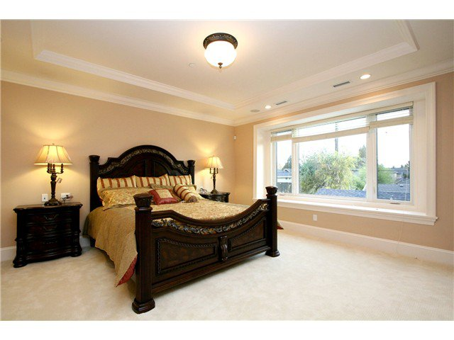 Photo 10: Photos: 1392 W 47TH Avenue in Vancouver: South Granville House for sale (Vancouver West)  : MLS®# V1048391