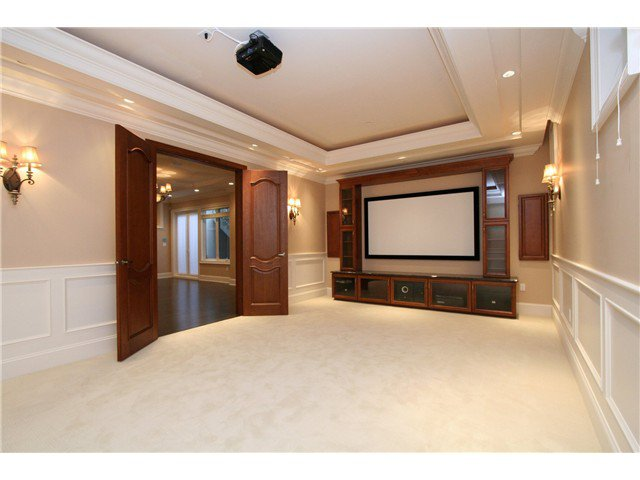 Photo 17: Photos: 1392 W 47TH Avenue in Vancouver: South Granville House for sale (Vancouver West)  : MLS®# V1048391