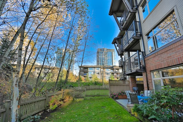 "Main Photo: 102 400 KLAHANIE Drive in Port Moody: Port Moody Centre Condo for sale in ""TIDES"" : MLS®# R2013966"