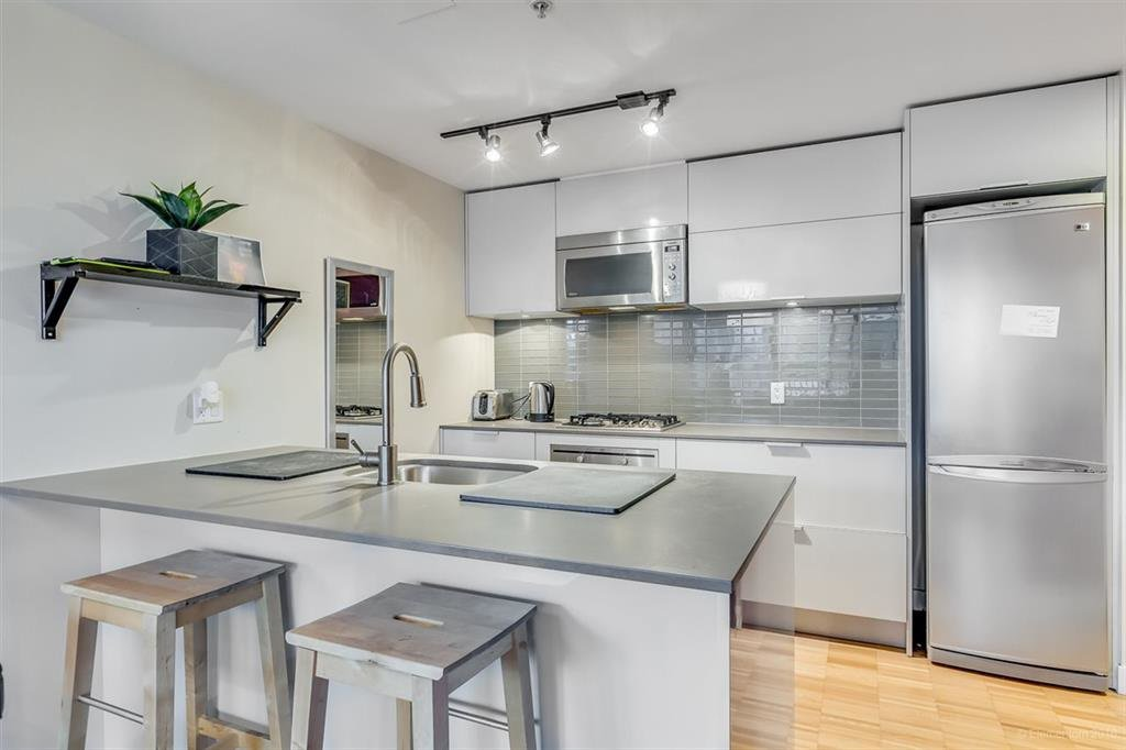"""Photo 7: Photos: 1505 128 W CORDOVA Street in Vancouver: Downtown VW Condo for sale in """"WOODWARDS"""" (Vancouver West)  : MLS®# R2040400"""