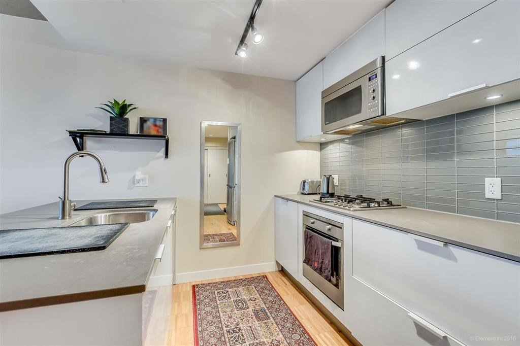"""Photo 8: Photos: 1505 128 W CORDOVA Street in Vancouver: Downtown VW Condo for sale in """"WOODWARDS"""" (Vancouver West)  : MLS®# R2040400"""