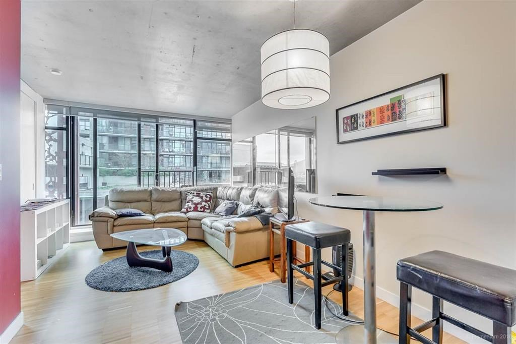 """Photo 4: Photos: 1505 128 W CORDOVA Street in Vancouver: Downtown VW Condo for sale in """"WOODWARDS"""" (Vancouver West)  : MLS®# R2040400"""