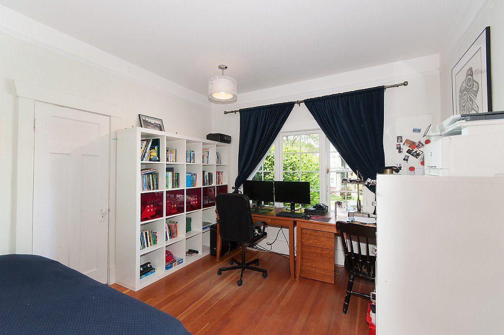 Photo 15: Photos: 4068 W 11TH Avenue in Vancouver: Point Grey House for sale (Vancouver West)  : MLS®# R2063289