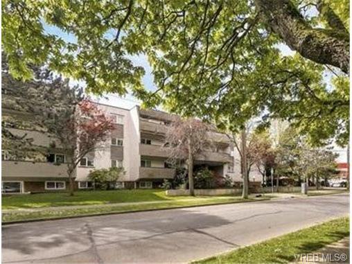 Main Photo: 213 909 Pembroke Street in VICTORIA: Vi Central Park Condo Apartment for sale (Victoria)  : MLS®# 367390