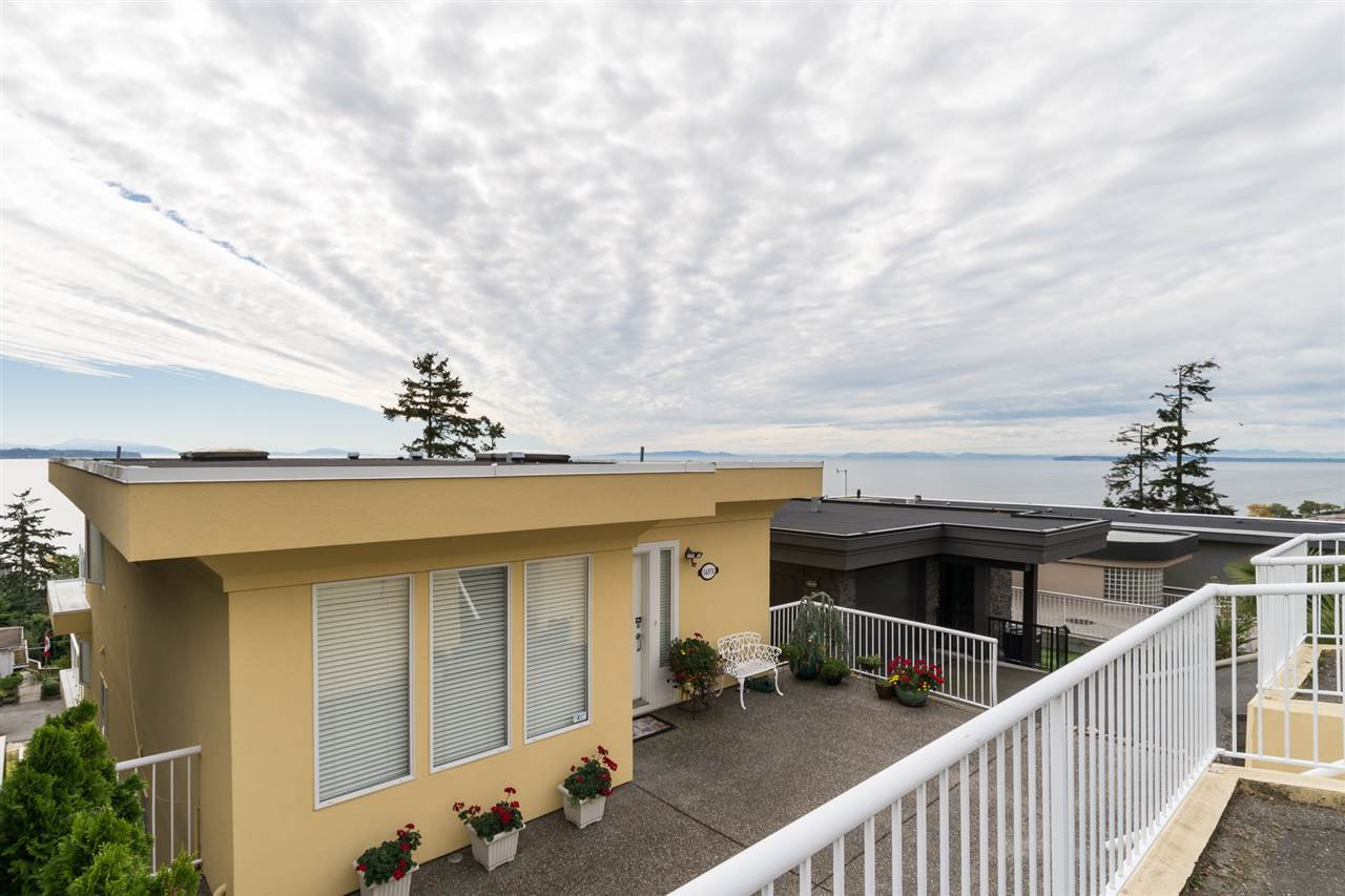 Main Photo: 14851 PROSPECT Avenue: White Rock House for sale (South Surrey White Rock)  : MLS®# R2112178