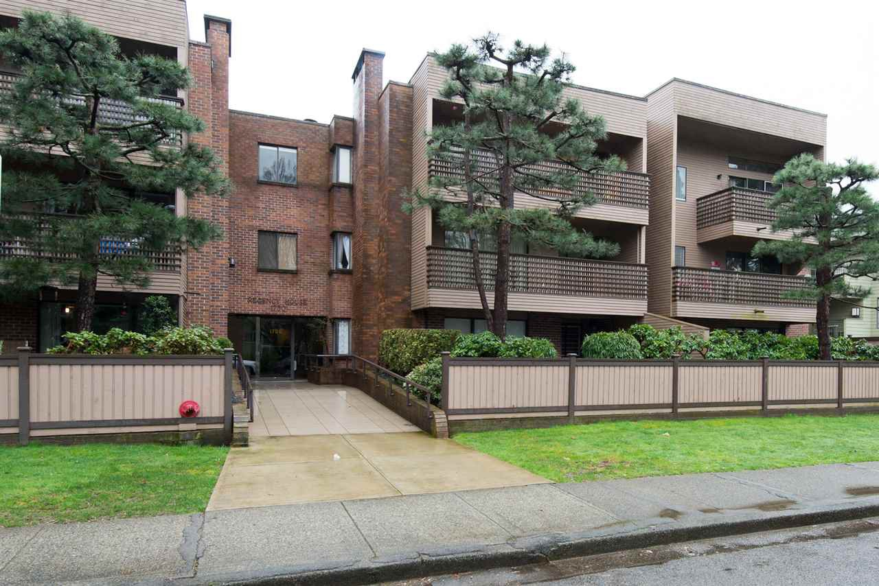 """Main Photo: 101 1750 W 10TH Avenue in Vancouver: Fairview VW Condo for sale in """"REGENCY HOUSE"""" (Vancouver West)  : MLS®# R2158640"""