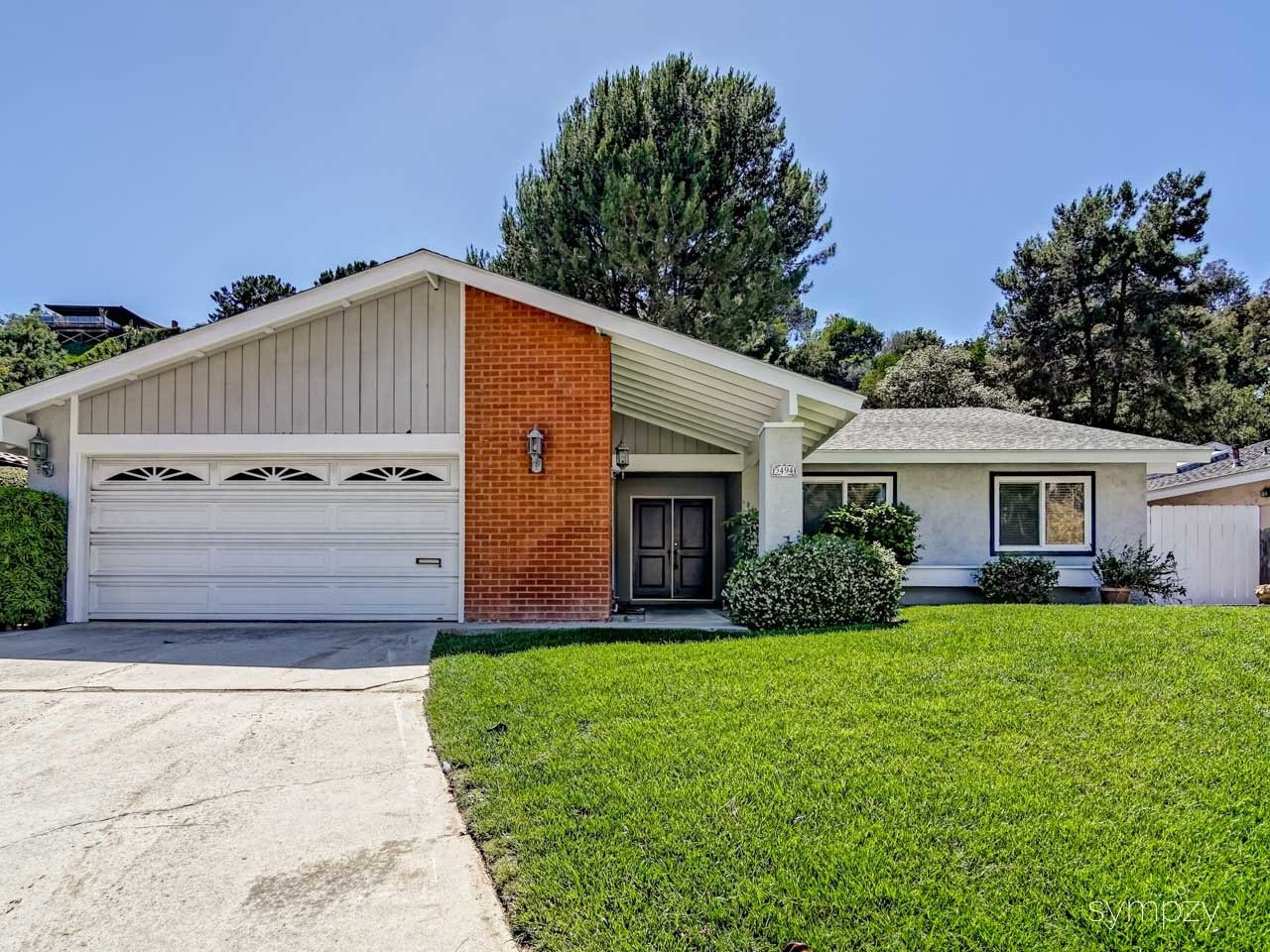 Main Photo: LA JOLLA House for rent : 4 bedrooms : 5494 Coral Reef Ave