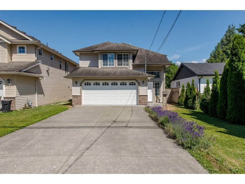 Main Photo: 9452 COOTE Street in Chilliwack: Chilliwack E Young-Yale House for sale : MLS®# R2182207