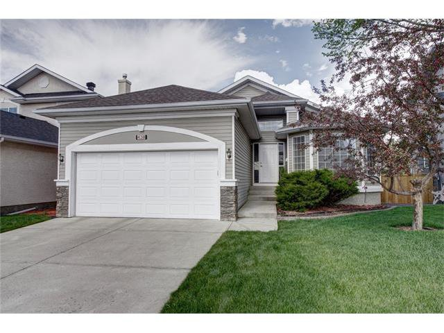 Main Photo: 438 DOUGLAS PARK VW SE in Calgary: Douglasdale/Glen House for sale : MLS®# C4117673