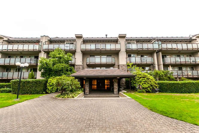 "Main Photo: 408 4373 HALIFAX Street in Burnaby: Brentwood Park Condo for sale in ""BRENT GARDENS"" (Burnaby North)  : MLS®# R2203706"