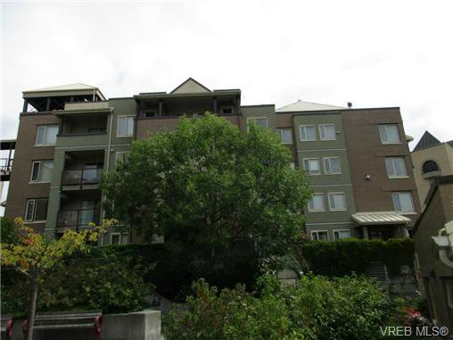 Main Photo: 220 29 Songhees Road in VICTORIA: VW Songhees Residential for sale (Victoria West)  : MLS®# 368938
