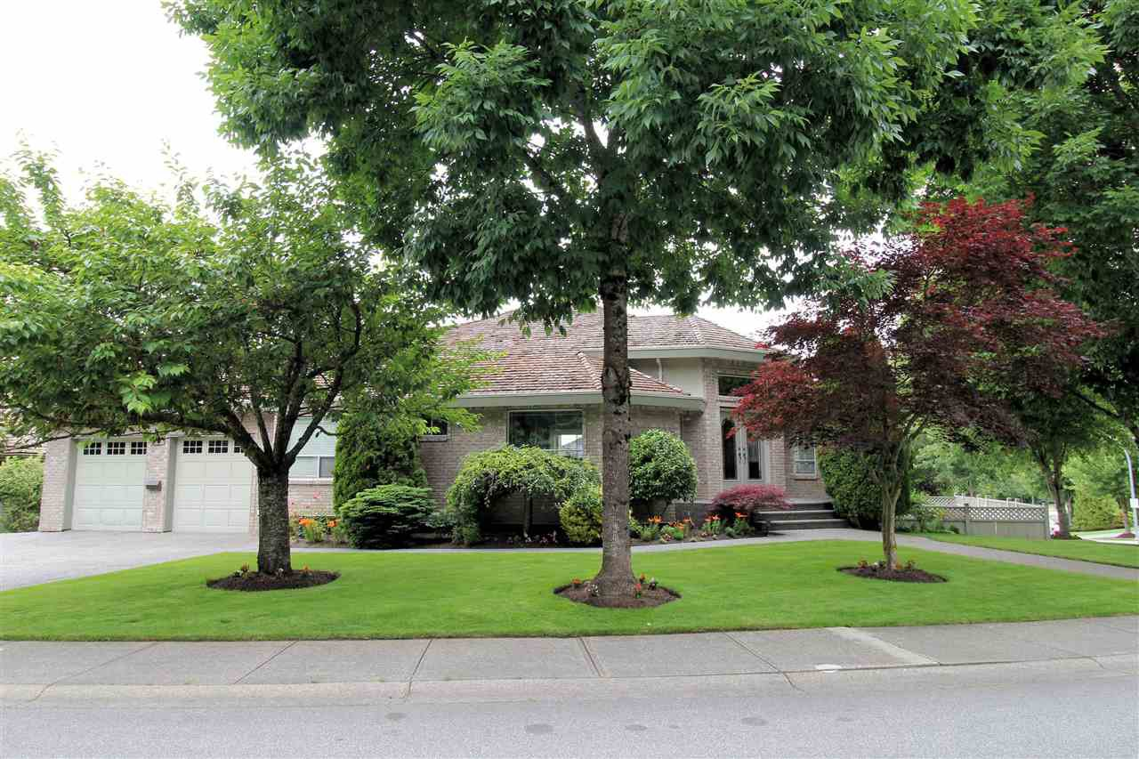 "Main Photo: 21551 46A Avenue in Langley: Murrayville House for sale in ""Macklin Corners, Murrayville"" : MLS®# R2279362"