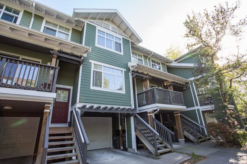 "Photo 2: Photos: 85 15233 34 Avenue in Surrey: Morgan Creek Townhouse for sale in ""SUNDANCE"" (South Surrey White Rock)  : MLS®# R2367568"