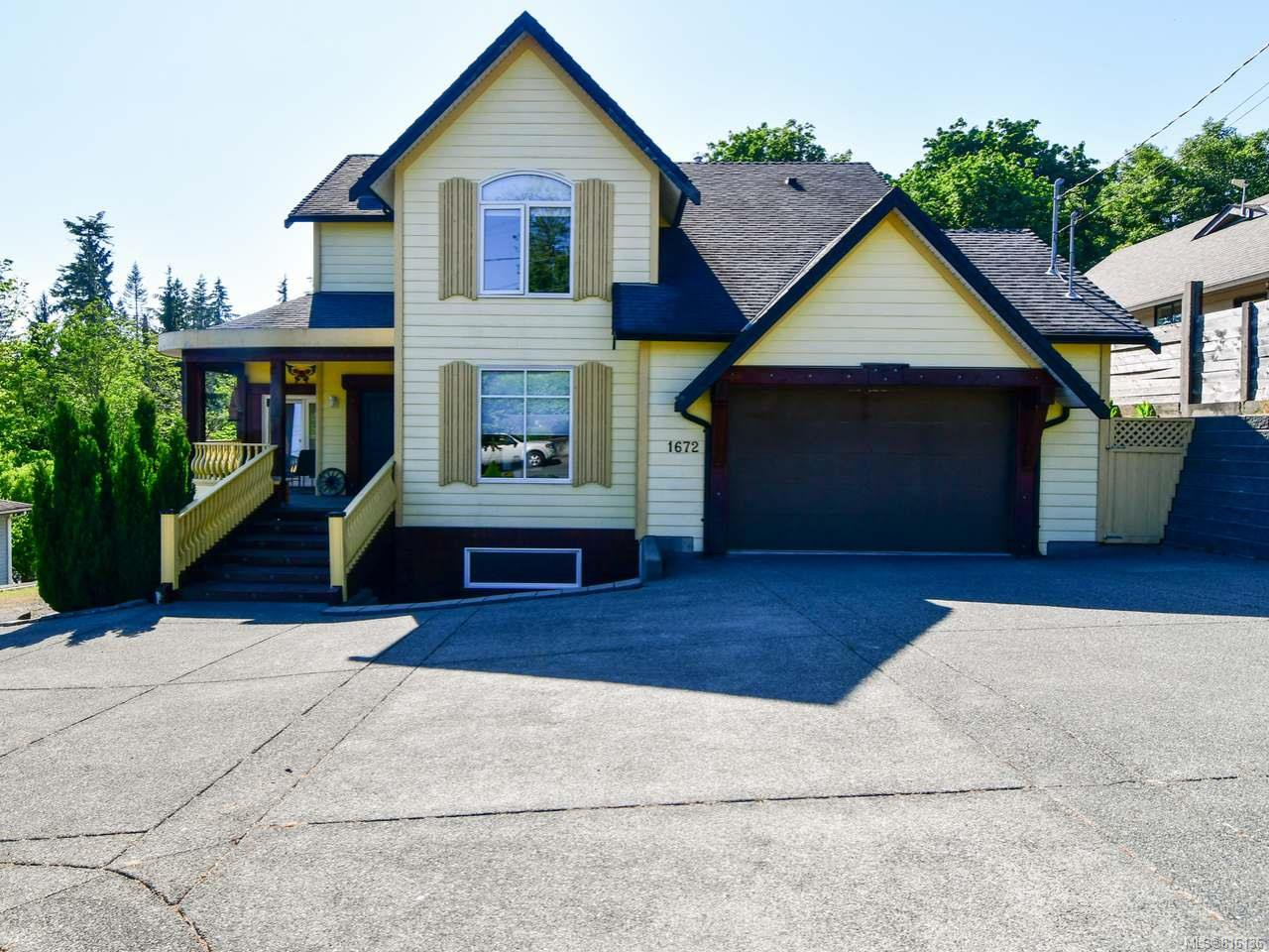 Main Photo: 1672 Galerno Rd in CAMPBELL RIVER: CR Willow Point House for sale (Campbell River)  : MLS®# 816136
