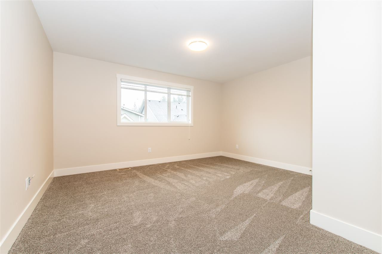 """Photo 19: Photos: 6 628 MCCOMBS Drive: Harrison Hot Springs House 1/2 Duplex for sale in """"EMERSON COVE"""" : MLS®# R2410615"""