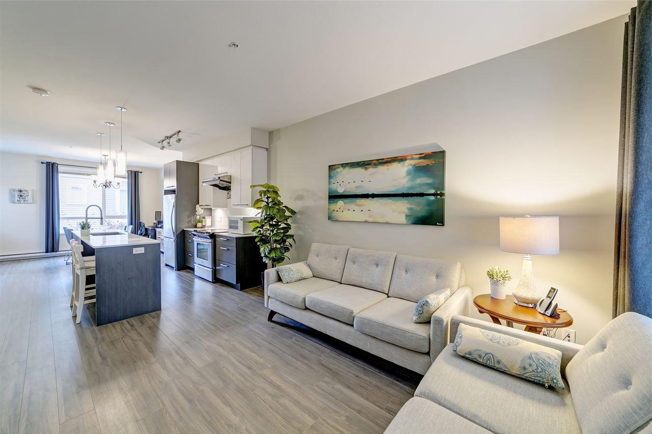 "Main Photo: 22 638 REGAN Avenue in Coquitlam: Coquitlam West Townhouse for sale in ""Nest"" : MLS®# R2421035"