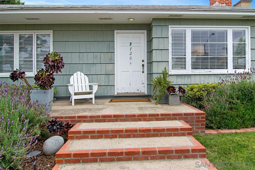 Main Photo: SAN DIEGO House for rent : 2 bedrooms : 720 Archer St
