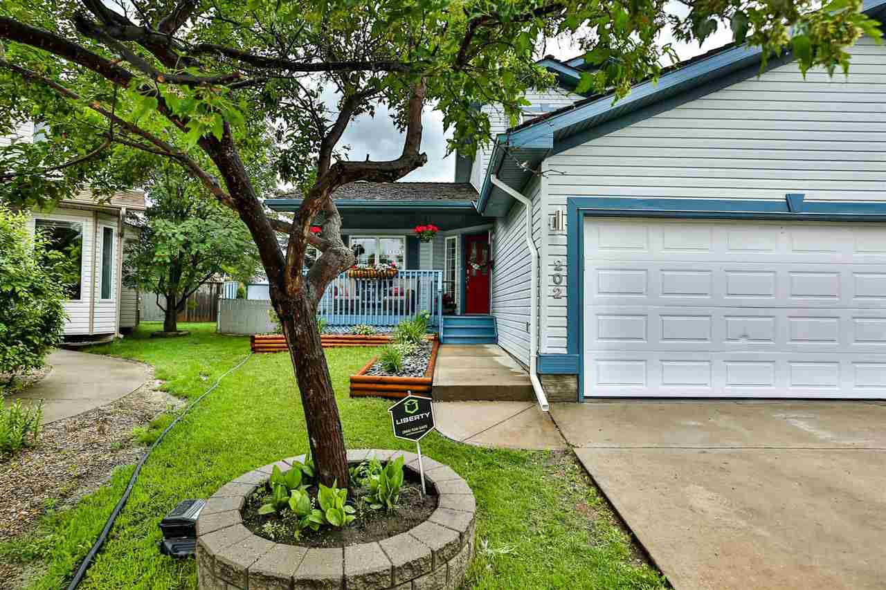 Main Photo: 202 FAIRWAY Drive: Stony Plain House for sale : MLS®# E4204586