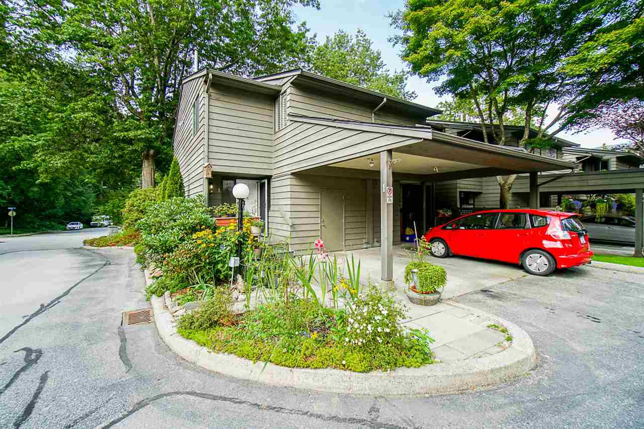 "Main Photo: 1 1960 RUFUS Drive in North Vancouver: Westlynn Townhouse for sale in ""Mountain Estates"" : MLS®# R2487288"