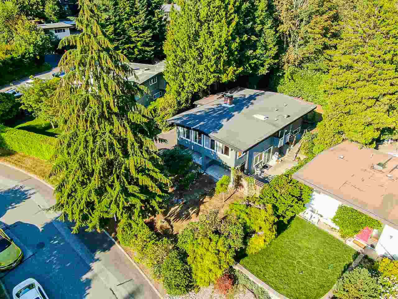 Main Photo: 2967 EDDYSTONE Crescent in North Vancouver: Windsor Park NV House for sale : MLS®# R2488277