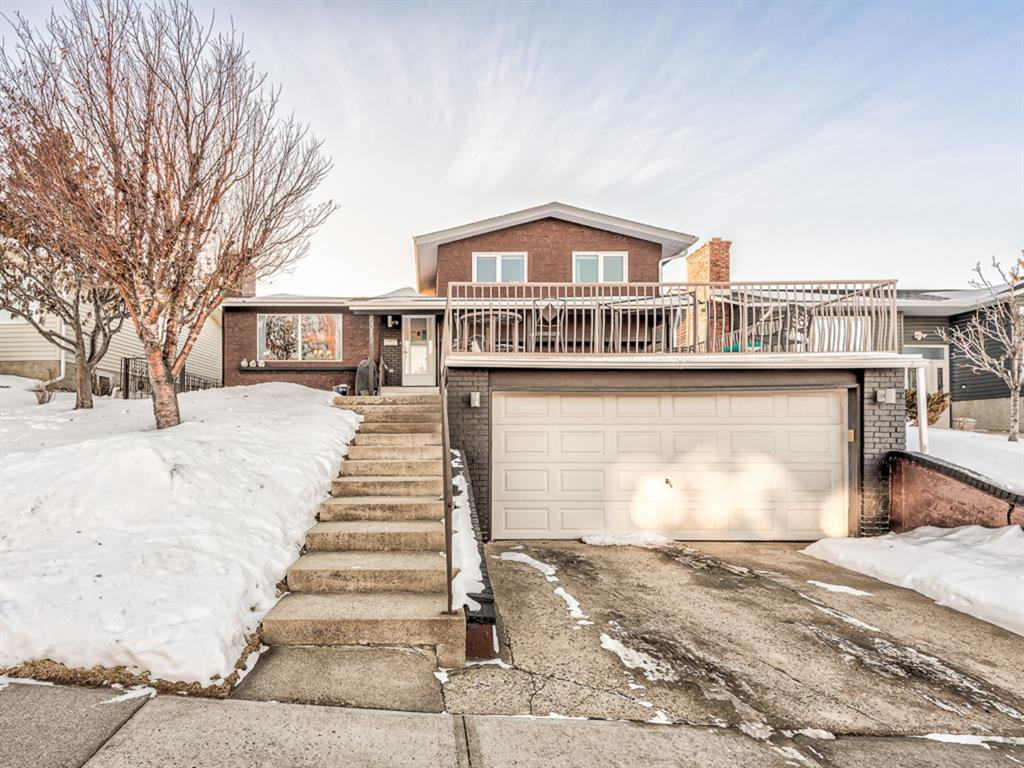 Main Photo: 6319 Thornaby Way NW in Calgary: Thorncliffe Detached for sale : MLS®# A1058595