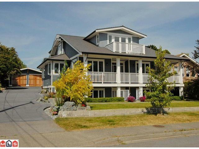 Main Photo: 15905 BUENA VISTA Avenue: White Rock House for sale (South Surrey White Rock)  : MLS®# F1121203