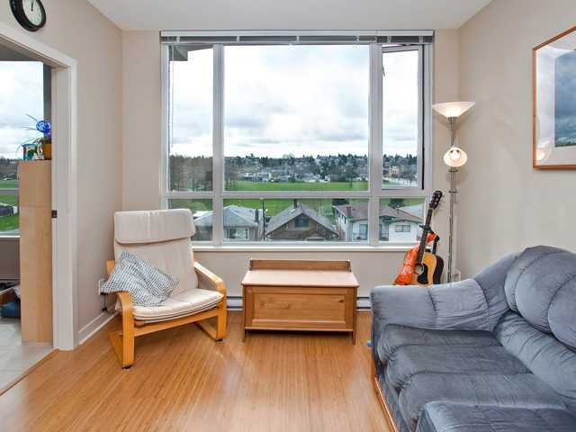 Main Photo: 422 4078 KNIGHT Street in Vancouver: Knight Condo for sale (Vancouver East)  : MLS®# V938304