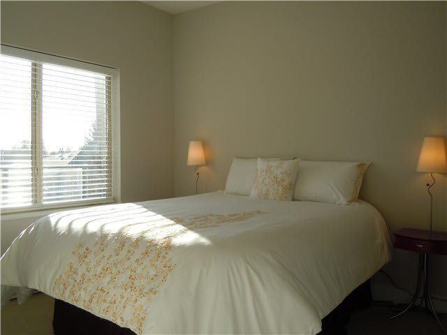 """Photo 9: Photos: 405 1273 MARINE Drive in North Vancouver: Norgate Condo for sale in """"The Ivy at Marine"""" : MLS®# V1094199"""