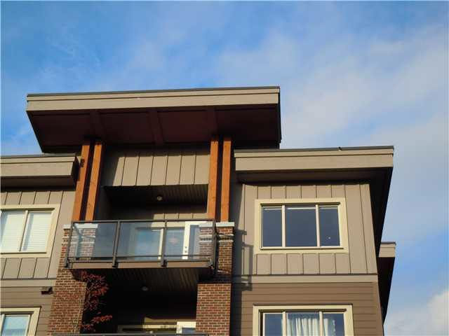 """Photo 16: Photos: 405 1273 MARINE Drive in North Vancouver: Norgate Condo for sale in """"The Ivy at Marine"""" : MLS®# V1094199"""