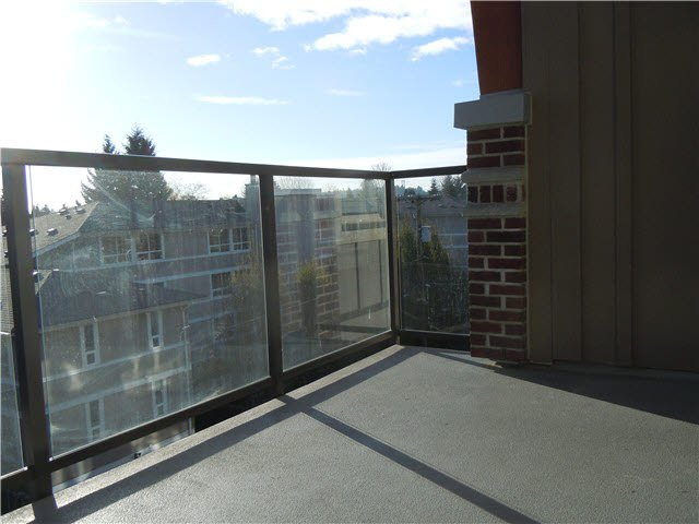 """Photo 12: Photos: 405 1273 MARINE Drive in North Vancouver: Norgate Condo for sale in """"The Ivy at Marine"""" : MLS®# V1094199"""