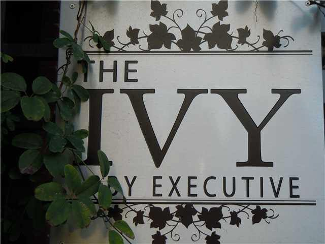 """Photo 17: Photos: 405 1273 MARINE Drive in North Vancouver: Norgate Condo for sale in """"The Ivy at Marine"""" : MLS®# V1094199"""