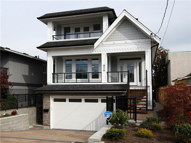 Main Photo: 858 LEE Street: White Rock House for sale (South Surrey White Rock)  : MLS®# F1427891