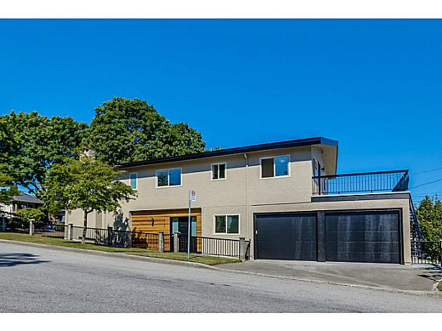 Main Photo: 2624 KASLO Street in Vancouver: Renfrew VE House for sale (Vancouver East)  : MLS®# V1132958