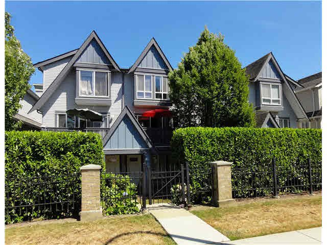 "Main Photo: 13 16388 85TH Avenue in Surrey: Fleetwood Tynehead Townhouse for sale in ""CAMELOT"" : MLS®# F1449570"
