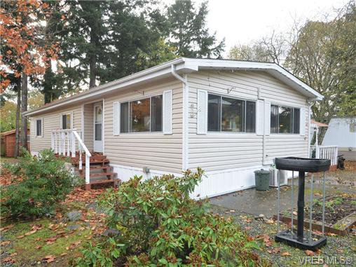 Main Photo: 47 2780 Spencer Rd in VICTORIA: La Goldstream Manufactured Home for sale (Langford)  : MLS®# 715918
