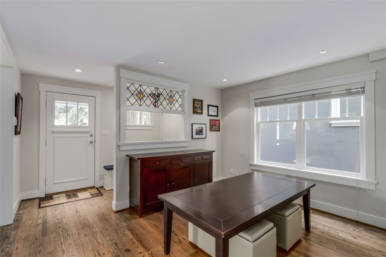 Photo 3: Photos: 462 W 19TH Avenue in Vancouver: Cambie House for sale (Vancouver West)  : MLS®# R2077473