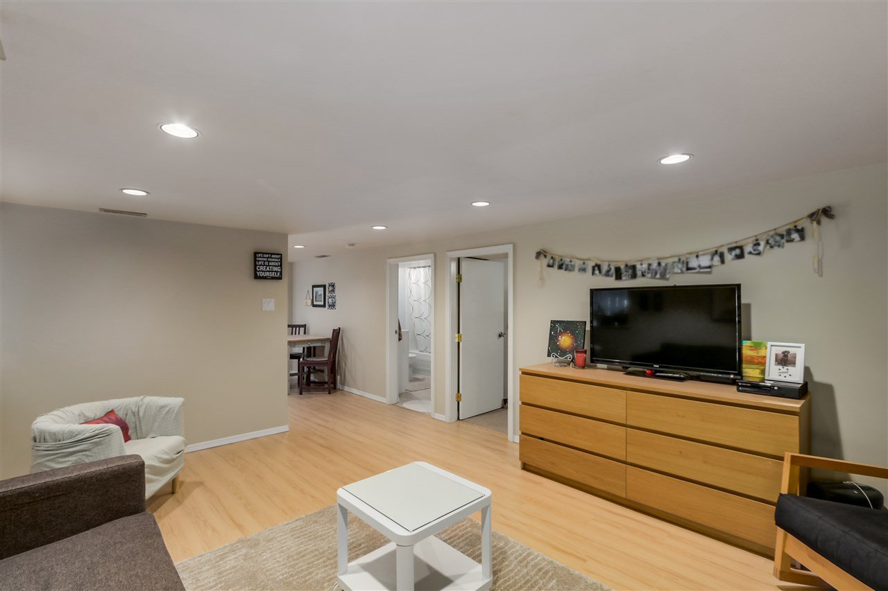 Photo 18: Photos: 462 W 19TH Avenue in Vancouver: Cambie House for sale (Vancouver West)  : MLS®# R2077473