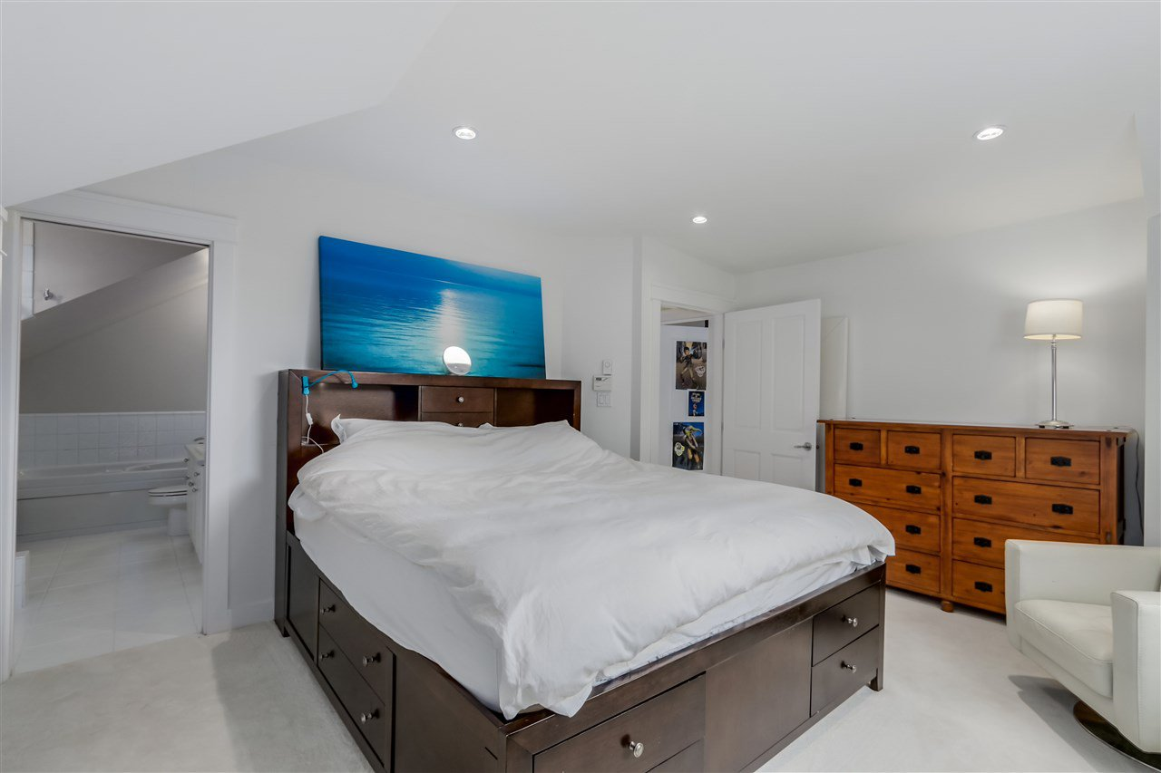 Photo 12: Photos: 462 W 19TH Avenue in Vancouver: Cambie House for sale (Vancouver West)  : MLS®# R2077473