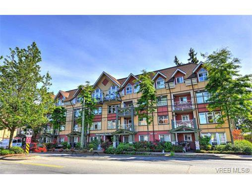 Main Photo: 202 663 Goldstream Ave in VICTORIA: La Fairway Condo for sale (Langford)  : MLS®# 738320