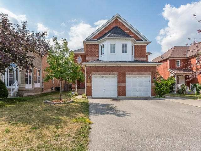 Main Photo: 121 Prairie Rose Circle in Brampton: Sandringham-Wellington House (2-Storey) for sale : MLS®# W3571943