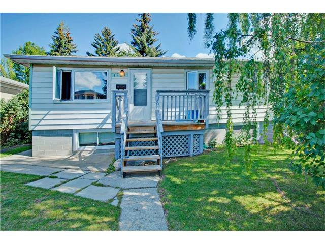 Main Photo: 4024 79 Street NW in Calgary: Bowness House for sale : MLS®# C4078751