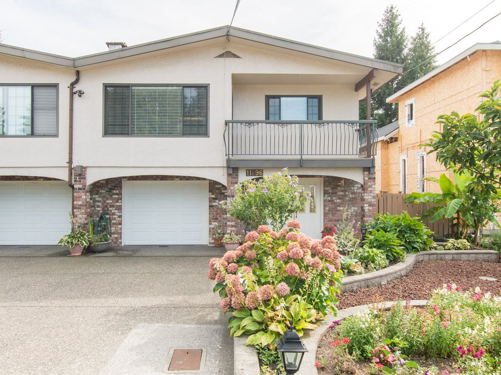 Main Photo: 11696 94A Avenue in Delta: Annieville House 1/2 Duplex for sale (N. Delta)  : MLS®# R2105028