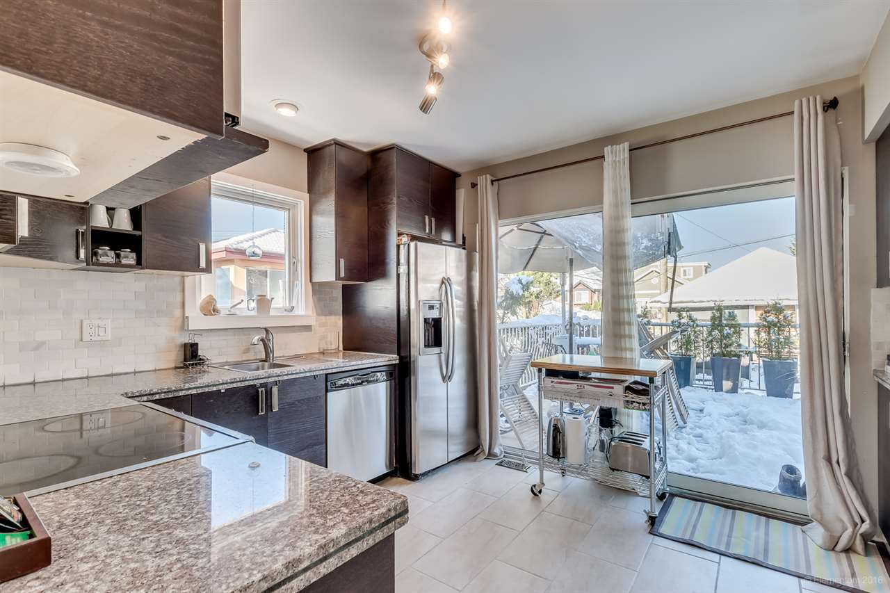 Main Photo: 3619 DUNDAS Street in Vancouver: Hastings East House for sale (Vancouver East)  : MLS®# R2127066