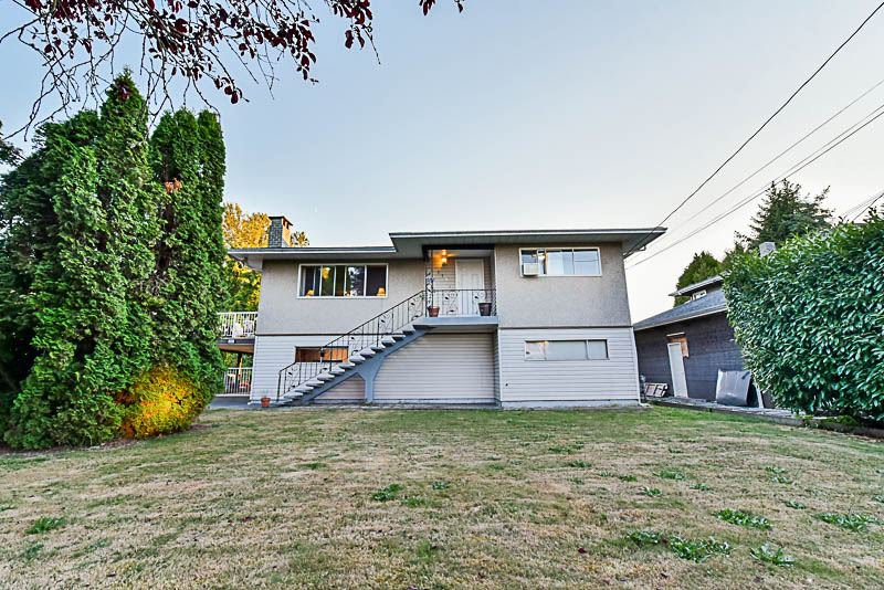 Main Photo: 114 SPRICE Street in New Westminster: Queensborough House for sale : MLS®# R2200057